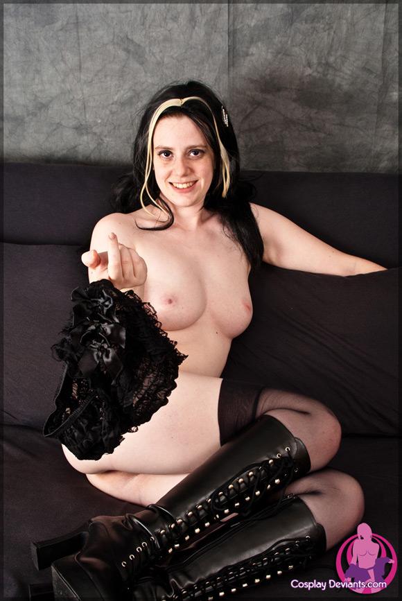 thalia-dannys-girl-naked-cosplay-deviant