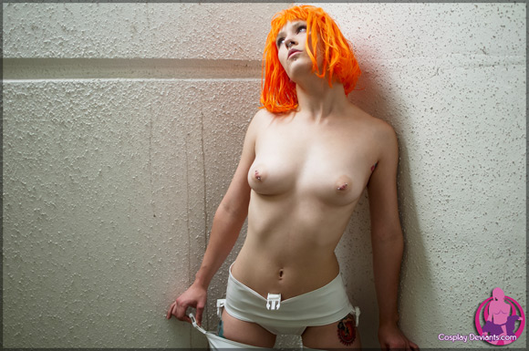 bear-ultimate-weapon-naked-cosplay-deviant
