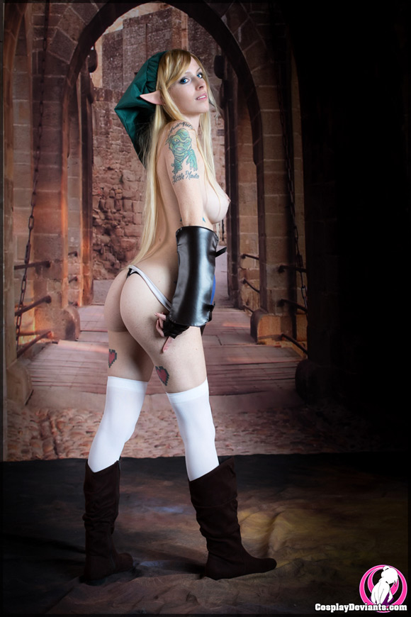 lolitta-zombie-heroine-of-legend-naked-cosplay-deviant