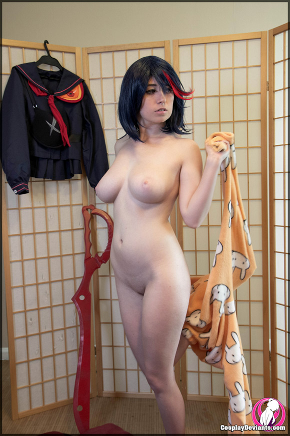 Naked Cosplay
