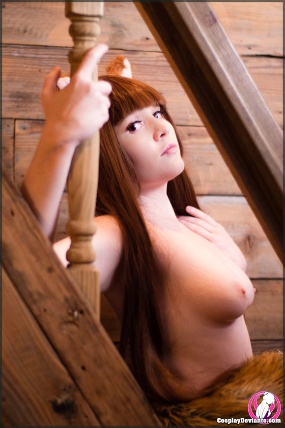 foxy-spice-and-season-naked-cosplay-deviant